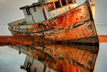 Abandoned Vessels / Abandoned Ships and Boats