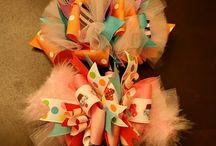 Olivias bows / by Jessie Hutchinson Silliman