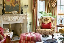 An English Country Home / by Lynda @ Gates of Crystal