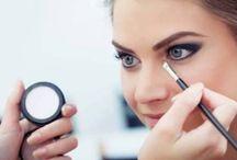 2015 İlkbahar/Yaz Makyaj Trendleri - 2015 Spring/Summer Make-up / Renkli farlar, eyelinerlar, renkli kaşlar ve eskilerden esintilerle 2015 İlkbahar/Yaz Makyaj Trendleri sizlerle...