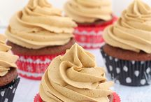 Cupcakes / by Heather Marie