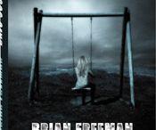 Espana / Brian Freeman es un autor bestseller de suspense psicológico a nivel mundial. Sus libros se han vendido a 46 países y 20 idiomas.