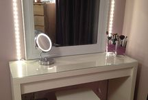 Vanity table / by Aisa Pescasio
