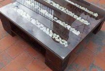 mesa de centro con piedritas