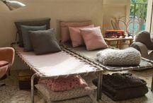 E meubles-furnitures