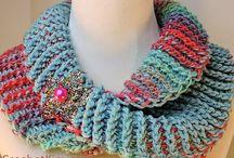 gulere crochet