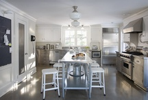 Kitchen / Dream kitchens  / by Maria (Two Peas and Their Pod)