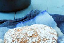 Gluteenittomat leivät ja sämpylät