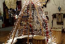 Prairie Edge Christmas / We love the holidays and we love to decorate for the holidays!