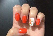 Peach n Orange Nails