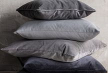 Velvet throw pillows to love! / Use velvet throw pillows to add rich color and texture to your living room or bedroom. My favorite is the high shine velvet!  Some of these pillow ideas feature elaborate trims, too.