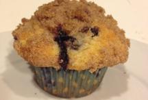 bakingggg / by Vanessa Delgado Rossolille