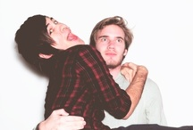 YouTube / Youtubers, mostly Pewdiepie and Smosh
