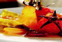 """Acılı reçeller / """"Reçel"""" deyince hepimizin aklına,tatlı meyvelerin şekerle buluşması gelir.Acı biberler ve minik sebzelerin birlikte kullanıldığı reçel tarifleri..."""