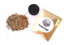 Kadzidła / Sypkie naturalne kadzidło żywiczno-ziołowe, sporządzone ze specjalnie wyselekcjonowanych ziół oraz mirry i olibanum.