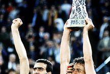 """Giuseppe Bergomi / """"lo zio"""" Bergomi, giovanissimo difensore dell'Inter. Arrivò in prima squadra dalla primavera sfoggiando un paio di baffi e Marini disse """"con quei baffi sembra mio zio""""."""