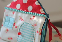 POUCHES AND BASKETS (PATCHWORK)