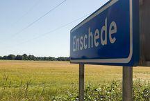 Geboortestad Enschede / Hier gewoond tot 1975. Begonnen als baby op Boswinkel, daarna Deurningerstraat (dat huis zal wel afgebrand zijn met de vuurwerkramp) en daarna Wesselerbrink