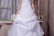 wedding dress / by Logan Ash