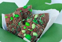 All Things Mint / Yummy Mint Goodies / by Mama Maggie's Kitchen - Maggie Unzueta