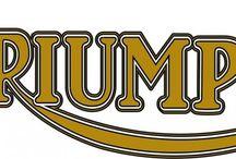 Triumph Speed Four (2005-2017)      Triumph Street Triple