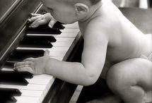 Music•(piano)