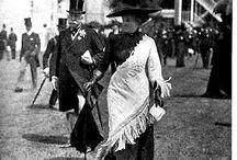 Black Ascot 1910  und andere schwarze Hüte