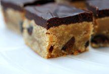 Brownies Muffins Cupcakes Whoopie pies / by Seve C
