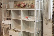 Dream Art Studio / Scrapbooking Spaces & Storage Ideas