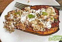 Bakłażan - smaczny i zdrowy / To warzywo ma wiele właściwości odżywczych i zdrowotnych dla człowieka. Zobacz, co dobrego możesz zrobić z bakłażana!