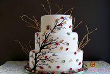i love.... baking & decorating / by Ivy Motuyang