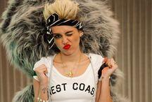 Miley  / Mi Ídola, mi ejemplo a seguir. La amo, es muy importante para mi #MileyCyrus #Smiler