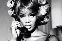 """NAOMI CAMPBELL / JUST ONE OF THE MANY """"DIVA """" THAT OWN THE RUNWAY..FASHION ... ICON AND BAD GIRL TURN GOOD?"""