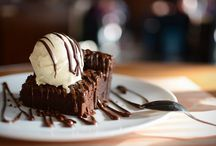 Vintage American Diner / Detalles del reportaje para All Lovely Party:  http://alllovelyparty.com/peggy-sues-un-restaurante-americano >> http://instagram.com/rubirroja/