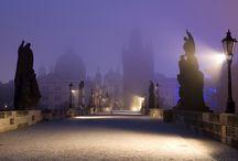 République Tchèque / La République Tchèque n'a besoin ni d'adjectifs, ni de superlatifs pour la qualifier, c'est un pays tout simplement magnifique, où, au détour de chaque chemin, on peut découvrir un trésor ou trouver une émotion.