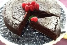 Cakes made with California Prunes.