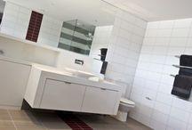 Bathrooms by Blue Horizon Interiors / #builtbybluehorizon