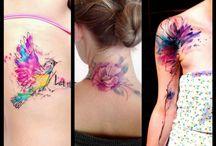 Tatuaggi in stile acquerello / I watercolors tattoo o tatuaggi in stile acquerello sono uno degli ultimi trend nel mondo dei tattoo! Scopri qual è quello più adatto a te!