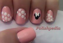 nails / by Amanda Thorne