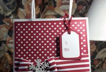su gift and box christmas / by Lavinia Dow