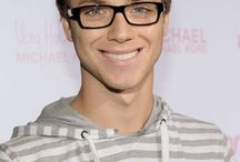 jeremy sumpter /  peter you were meant to stay young