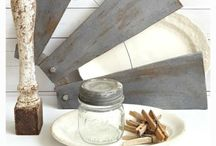 FARMHOUSE STYLE DECORATING / Inspiration and ideas for creating a beautiful farmhouse home.