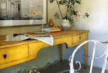 Aparadores, bandejas & Cia. / Organizando e decorando: Mesas, bandejas, aparadores, caixas organizadoras e etc...
