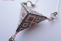 Korálkovanie - trojuholník