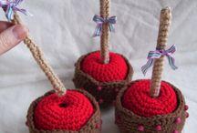 crochet toffee apple