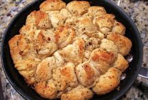 breads / Rolls....... / by Glenda Reed