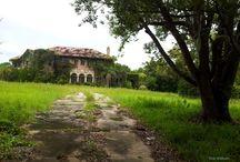 Elhagyatott házak
