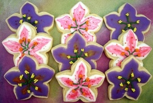 """Spring-theme cookies / I use these albums as a place to keep cookies that inspire me. Most pics in this album are NOT my cookies. Those that are, are labeled as Edible Canvas Creations. Most of these are cookies that I might like to try one day. If you see something you like, I can try to create it. The album, """"Edible Canvas Creations"""" are just (some of) my cookies. Find all my cookie pics at www.facebook.com/ediblecanvascreations/."""