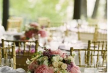 floral arrangements wedding and table / by Jalet Farrell