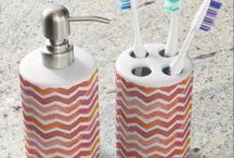 Zigzag pattern watercolor bath sets